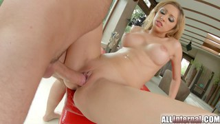 Stunning blonde Melanie spreads her legs for cum Thumbnail