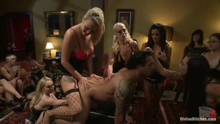 A group of dominating girls fucking guy