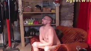 Reverse casting - Sexy MILF tests a guy's licking skills Thumbnail