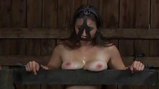 Masked cutie with bare cunt gets wild spanking Thumbnail