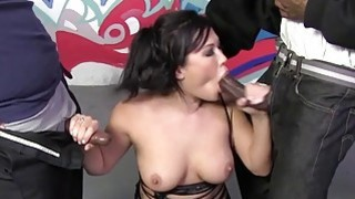 London Keyes enjoys bukkake with black cocks