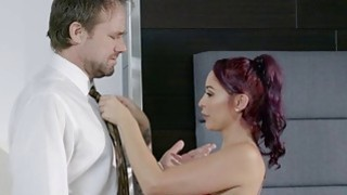 Bored wife Monique Alexander fucks her massage client Thumbnail