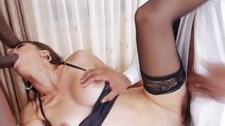 White house wife Eva Long double banged by black cocks Thumbnail