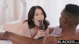 Smoking hot babe cheats on her BF with his gifted room mate Thumbnail