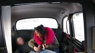 Big tits babe gets her pussy pounded in the backseat Thumbnail