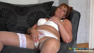 EuropeMaturE Beau Diamond Sexy Mature Solo Showoff Thumbnail