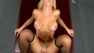 Blond Jessica Lynn's pussy gets fucked immediately Thumbnail