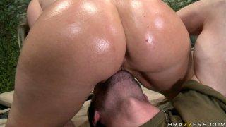 Kinky whore Devon Lee facesits James Deen Thumbnail